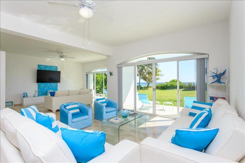 Villa Coralina in Puerto Morelos with amazing ocean view - Image 1 - Playa del Carmen - rentals