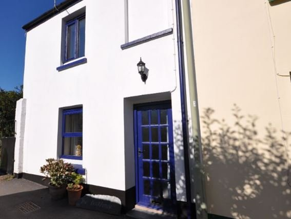 The property is located at the end of a quiet, narrow street - DECKH - Appledore - rentals