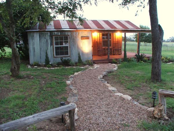 The Shed on Old Comfort Road - Image 1 - Fredericksburg - rentals