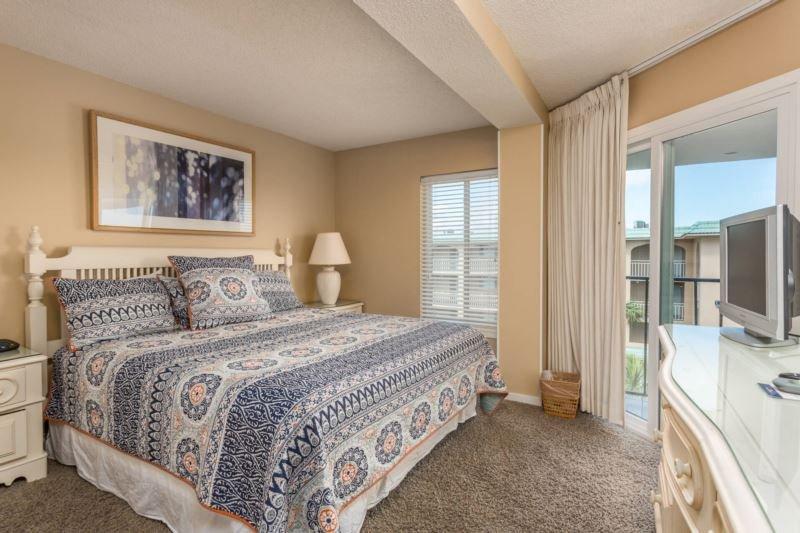 Master Bedroom - BC409.jpg - Beach Club #409 - Saint Simons Island - rentals