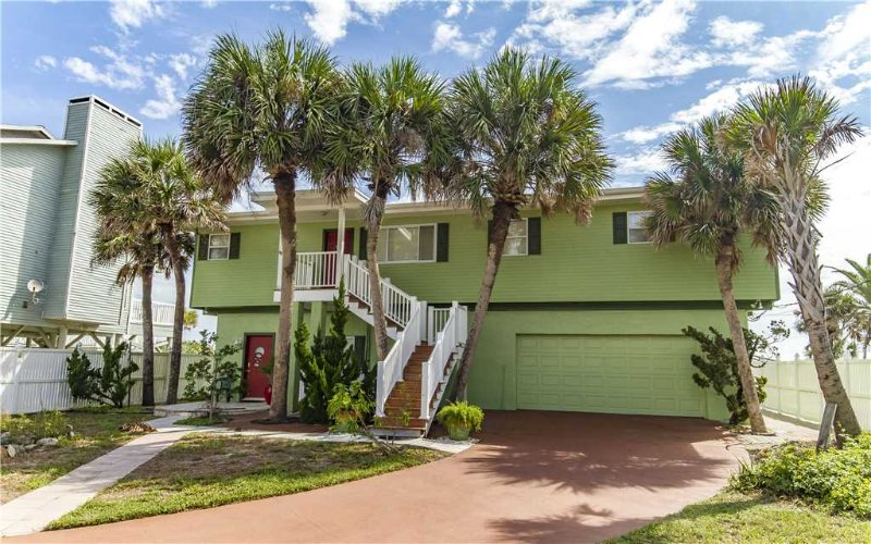 Stairway to Heaven All, 4 Bedrooms, Ocean Front, WiFi, Sleeps 10 - Image 1 - Palm Coast - rentals