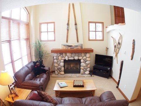 Living - McGillivray Creek Townhouses - MC01 - Sun Peaks - rentals