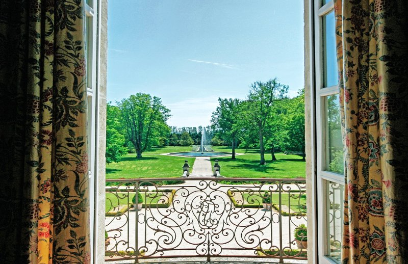 Luxury Castle in France in Ventoux - Chateau de Provence - Image 1 - Sarrians - rentals