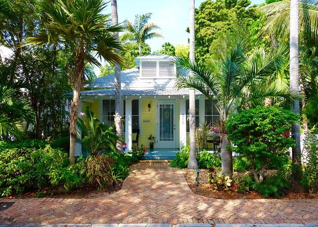 30 night minimum stay requirement.  The Palms - 3 Bedroom House with a Swimmi - Image 1 - Key West - rentals