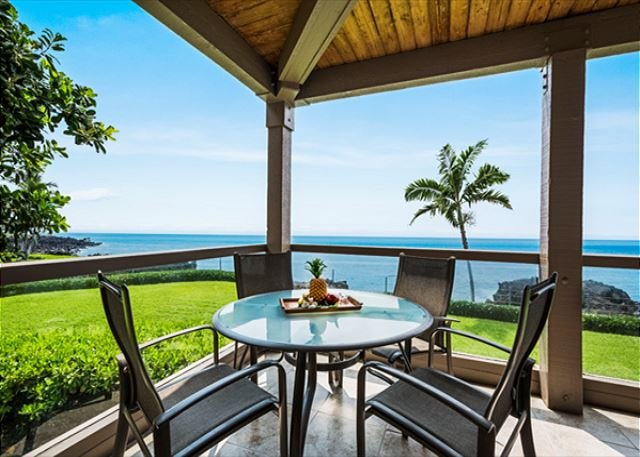 DIRECT OCEANFRONT LIVING!! Welcome to 2-204! Corner Units really are the best!  - KKSR2204 DIRECT OCEANFRONT CORNER UNIT!!! 2nd Floor, Wifi, BREATHTAKING VIEW! - Kailua-Kona - rentals