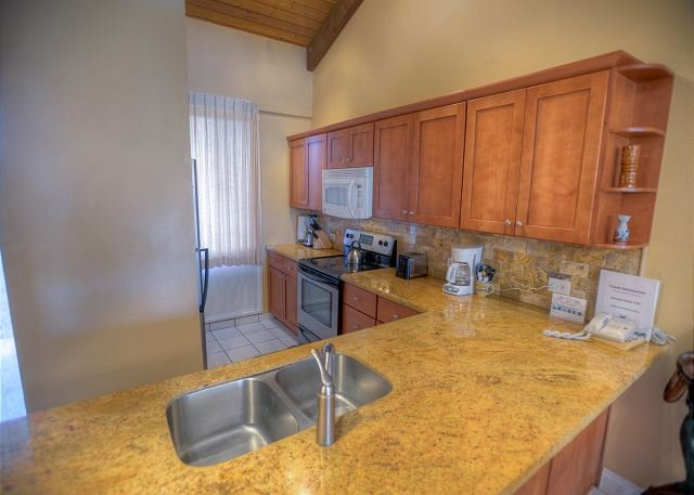 Renovated 3-Bedroom Condo with Central Air-Conditioning and an Ocean View! - Image 1 - Kihei - rentals