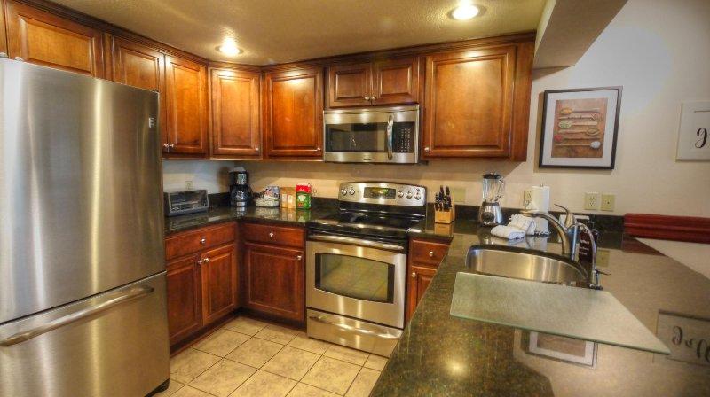 """SkyRun Property - """"CM336 Copper Mtn Inn"""" - Fully equipped kitchen - CM336 Copper Mtn Inn - Copper Mountain - rentals"""