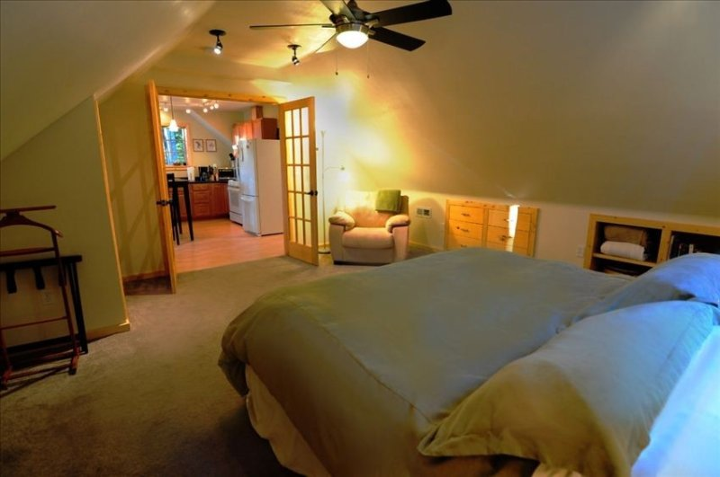 Bedroom - One bedroom luxury suite with private spa unit. - Juneau - rentals