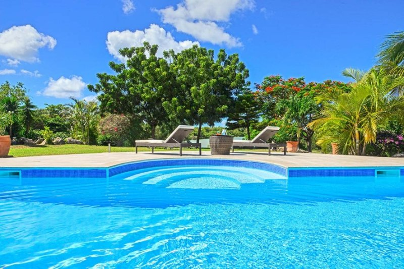 CYRANO...3BR villa located in the heart of Terres Basses, St Martin - Image 1 - Saint Martin-Sint Maarten - rentals