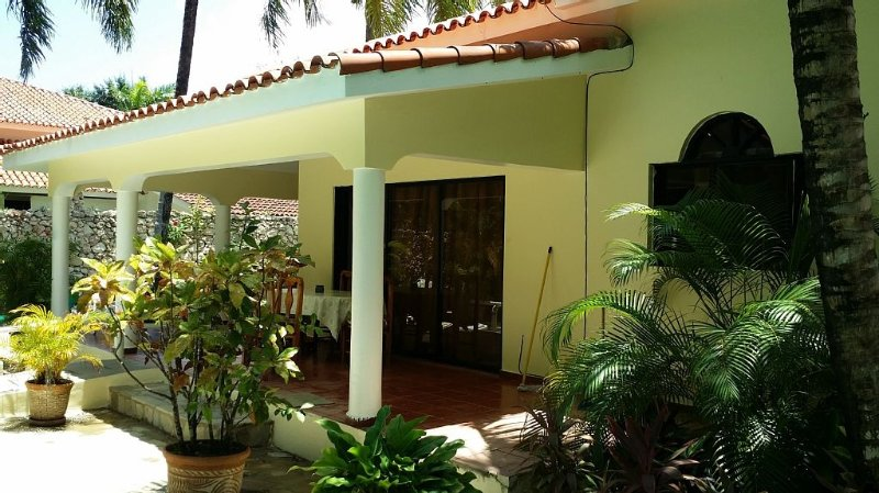 BACKYARD PATIO.....BBQ CENTRAL RIGHT IN FRONT OF THE POOL!!!! - 2 Bedrooms,Pool 2 bath, BBQ AC - Sosua - rentals