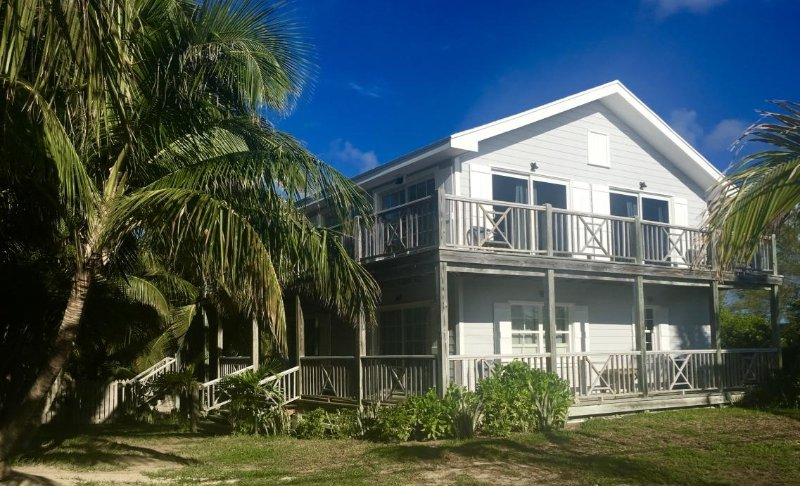 Great Home with ocean views - Image 1 - Dunmore Town - rentals