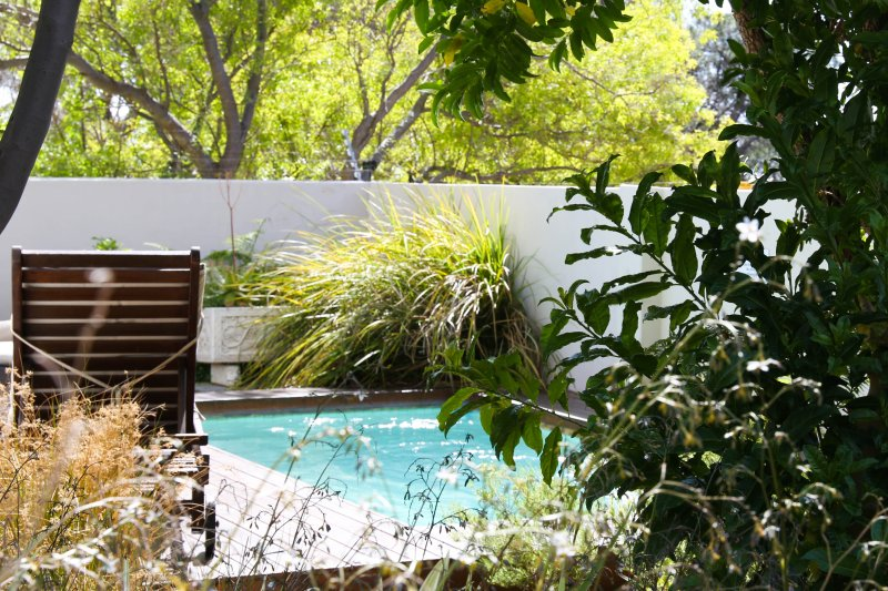 Dunkeld Village, 3 bed, pool, close to the beach - Image 1 - Camps Bay - rentals