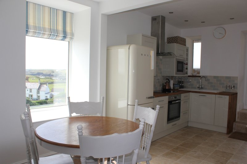 Watch the waves at breakfast! - Tudor Suite (recently listed) - Trearddur Bay - rentals