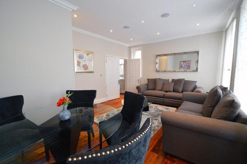 Albert Bridge Apartments - 3Bed2Bath Townhouse (1) - Image 1 - London - rentals