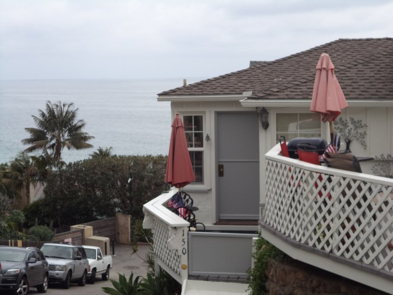 cottage and ocean - Lovely Cottage Steps to Victoria Beach - Laguna Beach - rentals
