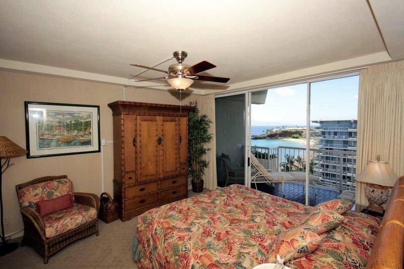 Beautiful ocean views and of famous Black Rock. - Whaler 1260 - 1 Bedroom, 2 Bath OceanView Condo - Lahaina - rentals