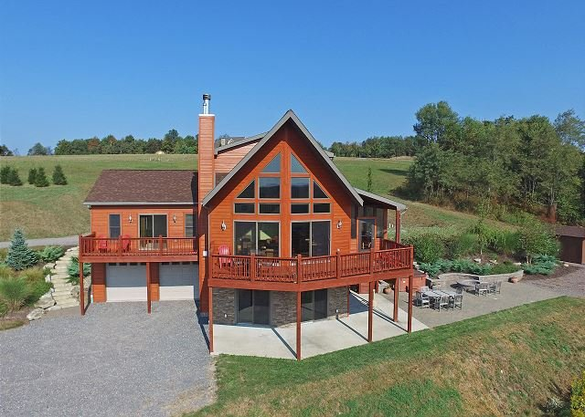 Exterior - Spectacular 5 Bedroom log home with breathtaking views! - Swanton - rentals