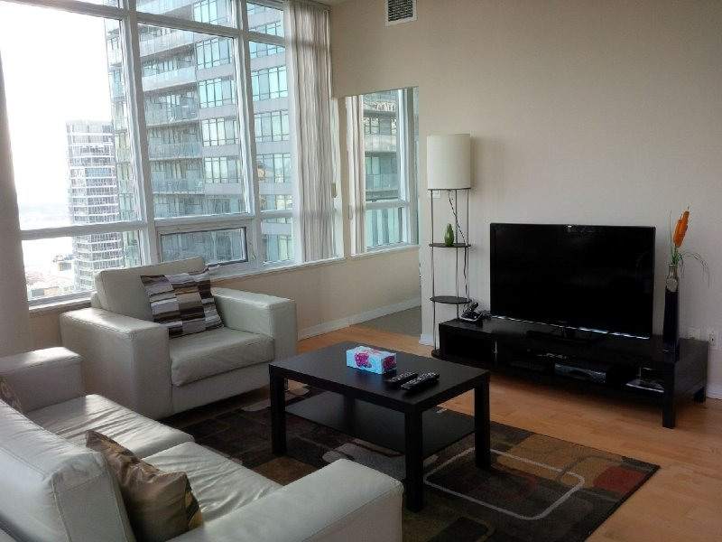 Downtown 2 Bedrooms Condo, next to harbour - Image 1 - Toronto - rentals