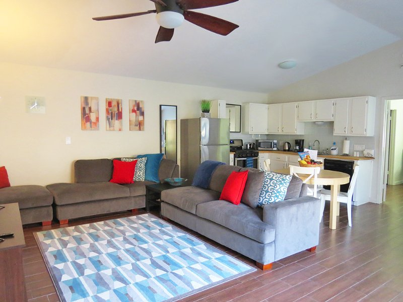 Superb 2Bed/2Bath Townhome Near The Domain - Image 1 - Austin - rentals