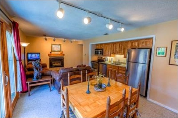 Open Layout - Incredible Views of Mt. Crested Butte - New Furniture (1045) - Crested Butte - rentals