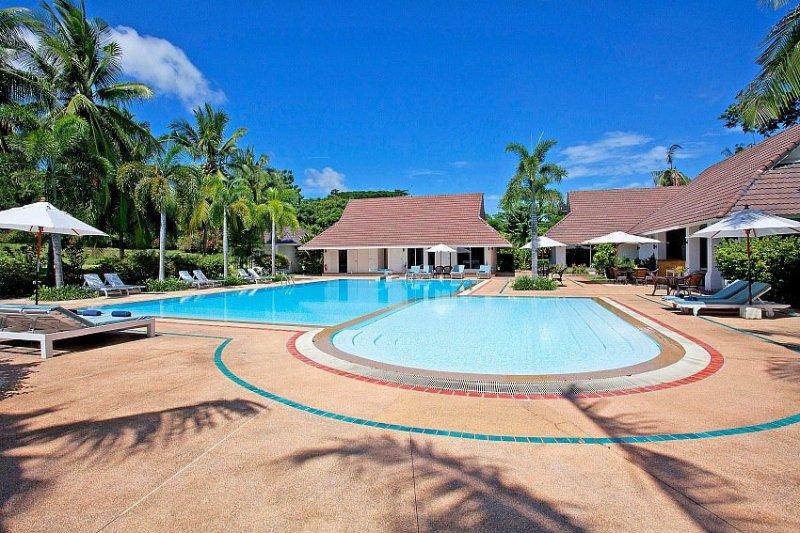 Private resort 6 bed villas and pool - Image 1 - Na Chom Thian - rentals