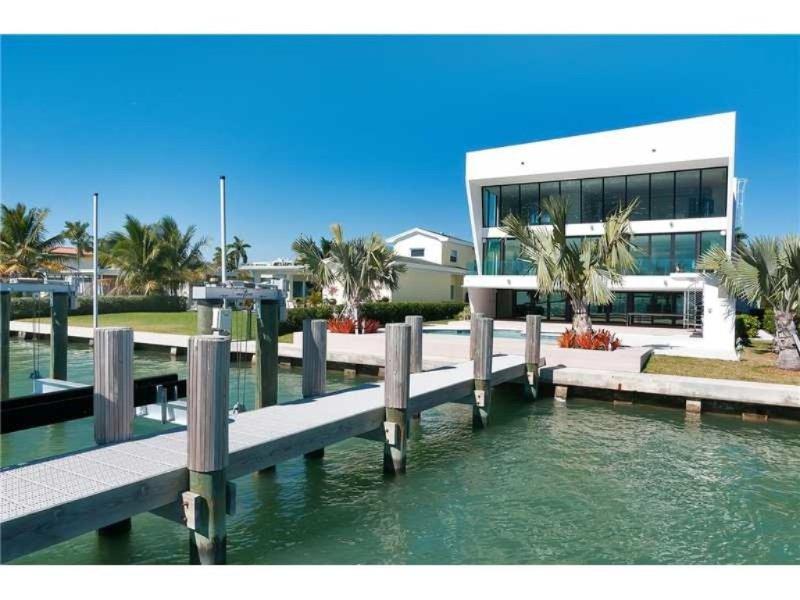 5 Bedroom Villa Tesoro - Image 1 - Bay Harbor Islands - rentals