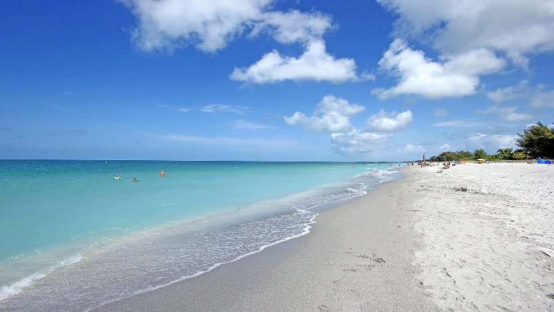 Yes this is Captiva Beach! - Exceptionally Outfitted - Great Price - Best Value - Captiva Island - rentals