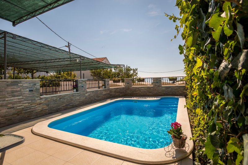 "Private outdoor swimming pool. - Holiday house with private pool ""Petra"" - Split - rentals"