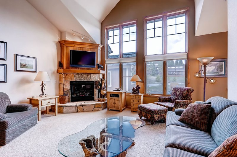 Tyra Riverbend Lodge - Ski-In/Ski-Out - Image 1 - Breckenridge - rentals