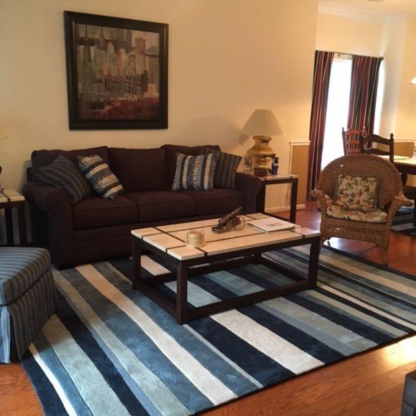 Living room area w/queen sleeper sofa - Myrtle Beach Area 3-Bedroom Hide Away & Golf - Murrells Inlet - rentals
