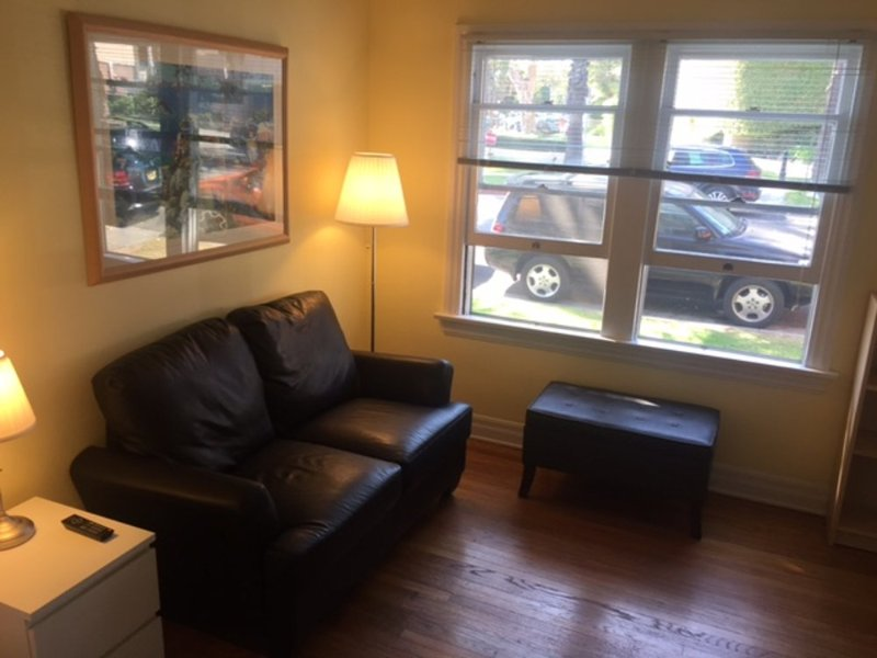 Furnished Studio Apartment - Image 1 - Santa Monica - rentals