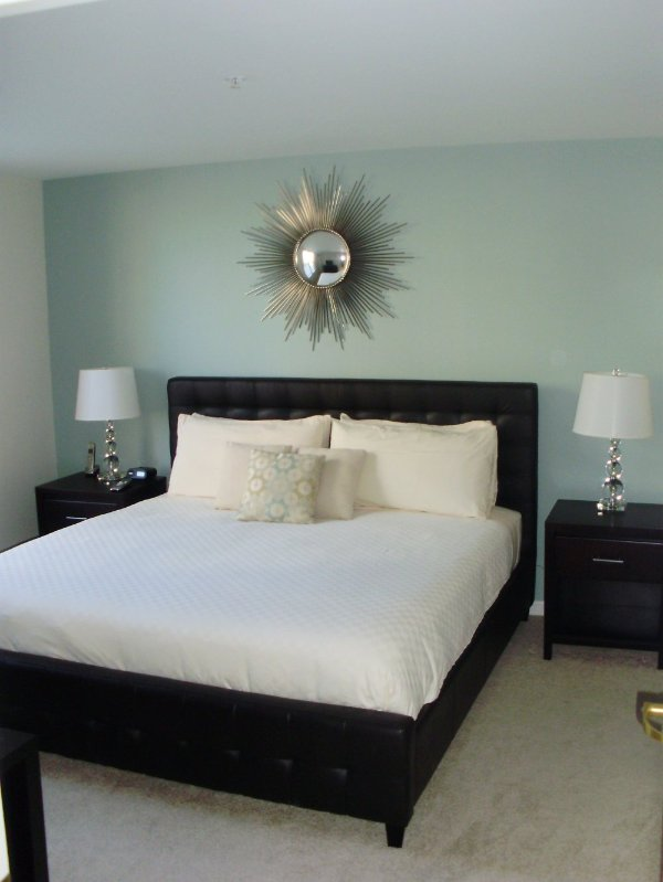 Furnished 1-Bedroom Apartment at Massachusetts Ave & Pearl St Cambridge - Image 1 - Cambridge - rentals