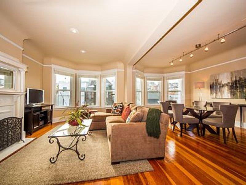 Furnished 3-Bedroom Flat at Laguna St & Greenwich St San Francisco - Image 1 - San Francisco Bay Area - rentals