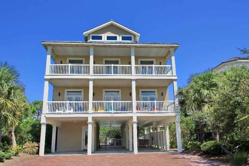 Smiley's Beach Getaway - Image 1 - Saint George Island - rentals