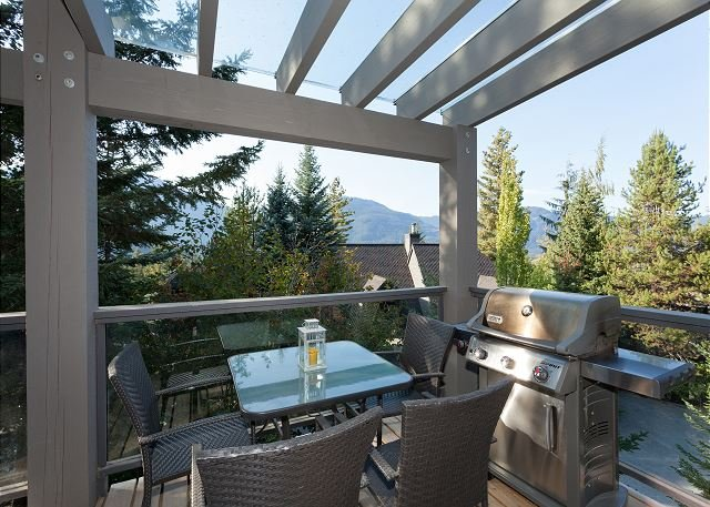 Deck with views - Cedar Ridge 14 | 3 Bedroom Renovated Ski In/Ski Out Townhome, Private Hot Tub - Whistler - rentals