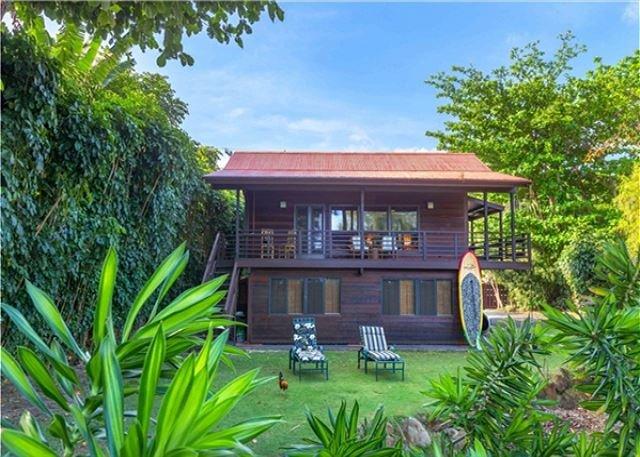 Anini Beachfront, Romantic Cottage!  Upgraded, manicured, steps to the beach! - Image 1 - Kilauea - rentals