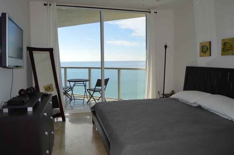 WOW! SUNNY LUXURY - OCEAN VIEWS-MODERN & SPACIOUS - Image 1 - Sunny Isles Beach - rentals