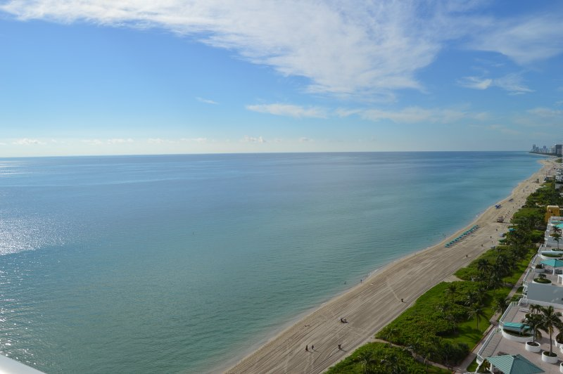 WOW! SUNNY LUXURY - OCEAN VIEWS-MODERN & SPACIOUS - Image 1 - Sunny Isles Beach - rentals