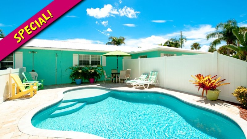 Fall Special 20% OFF! - Escape to Serenity B: 2BR Pet-Friendly Pool Home - Holmes Beach - rentals