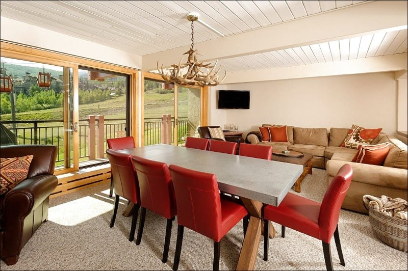Main Living Area - Slopeside Views from Deck - On-Site ski shop and fitness center (2070) - Snowmass Village - rentals