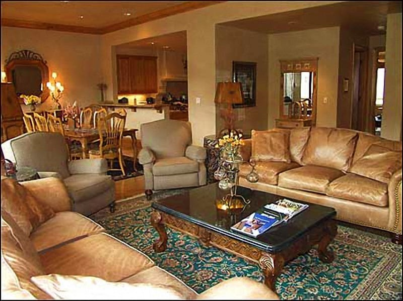 Spacious living area with high-end furnishings - Luxury Townhouse - Ski-in/Ski-out (2142) - Snowmass Village - rentals