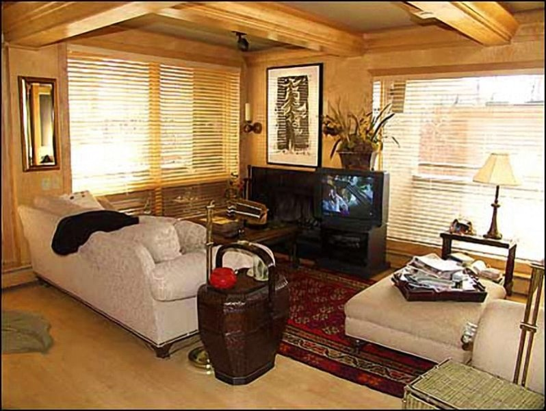 Luxuriously appointed living room - Aspen - Luxury Condo (2613) - Aspen - rentals