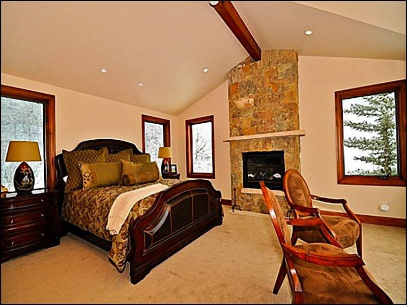 Main Master Suite with Bath/Fireplace/Flatscreen - Spacious New Remodlel! - 2 Master Suites  (2598) - Snowmass Village - rentals