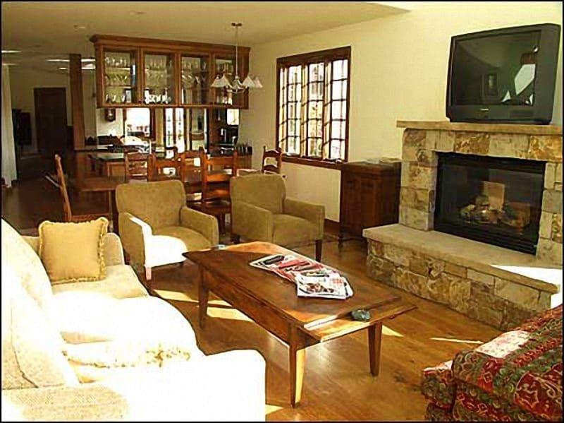 Cozy Living Room - New Mountain Home - Access Aspen & Snowmass (2645) - Aspen - rentals
