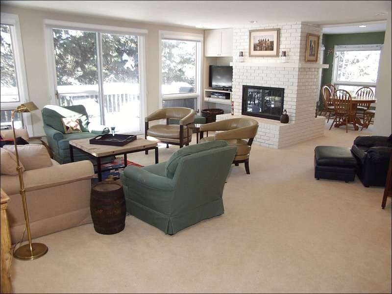 Large Open Living Area - Golf Course Location - New Appliances (5323) - Aspen - rentals
