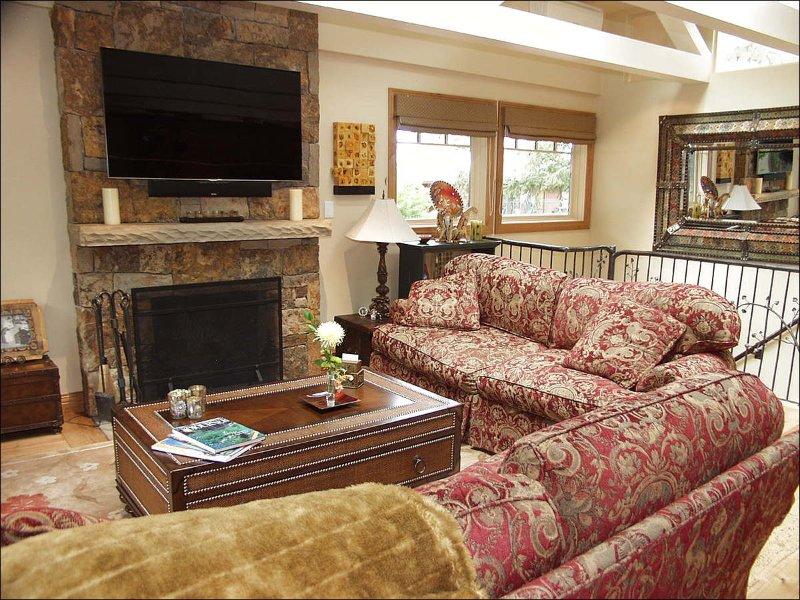 Cozy living room - Charming Fasching Haus - Walk to Gondola (7786) - Aspen - rentals