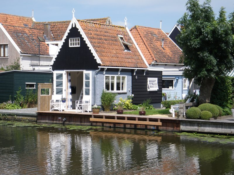 Idyllic house at the waterside of Edam - Image 1 - Edam - rentals