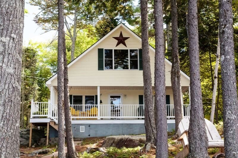 #143 Complete cottage with all the amenities & the best view! - Image 1 - Greenville - rentals