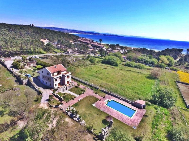 Beautiful, cozy apartments just 150m from the beach - Image 1 - O Grove - rentals