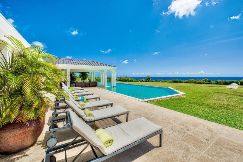 Ambiance, 4BR vacation rental villa in Terres Basses, St Martin 800 480 8555 - AMBIANCE...Fabulous with a capitol F!! Huge bed and bathrooms, the PERFECT couples villa - Terres Basses - rentals